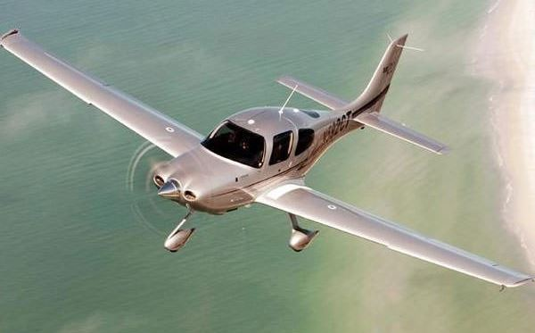 30 Minute Introductory Flying Lesson - UK Wide Selection Flydays Experience 3